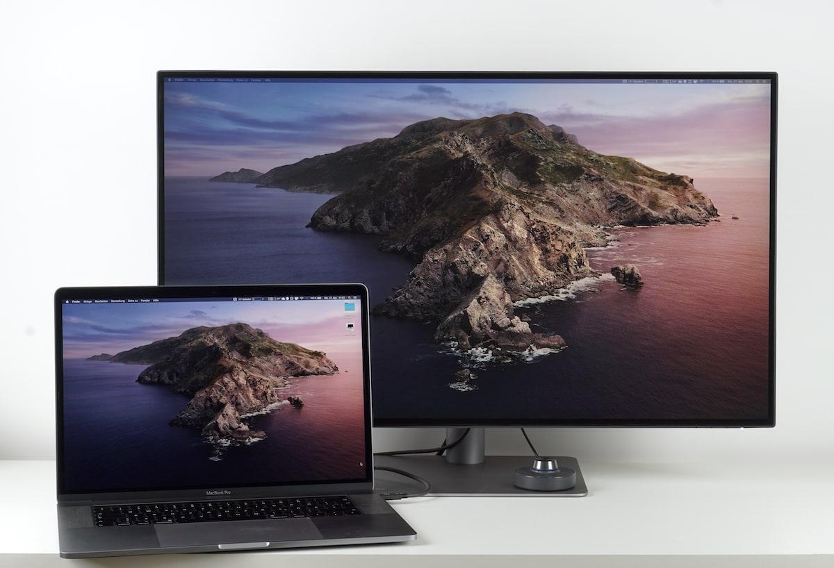 BenQ PD3220U zusammen mit MacBook Pro